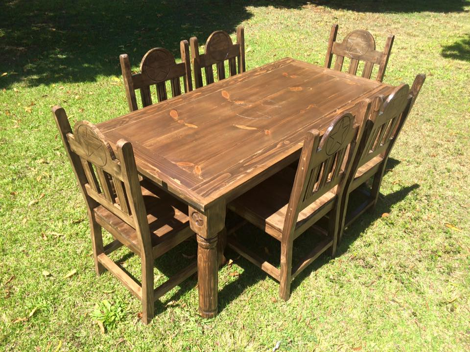 Texas Star Dining Table Set